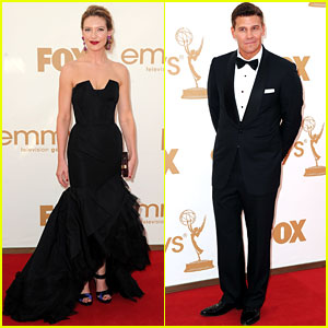 Anna Torv & David Boreanaz - Emmys 2011 Red Carpet