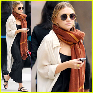Ashley Olsen Bundles Up