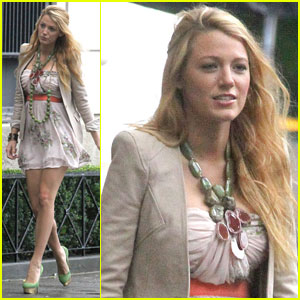 Blake Lively: 'Hick' Clip with Chloe Moretz!