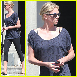 Charlize Theron: Mani-Pedi Day