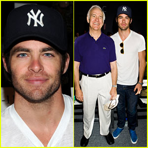 Chris Pine &#038; Dad Robert Pine: Rebecca Minkoff Fashion Show!