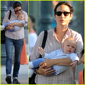 Jennifer Connelly: First Pictures of Baby Agnes!