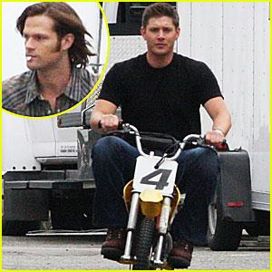 Jensen Ackles & Jared Padalecki: Mini Bike on Supernatural Set!