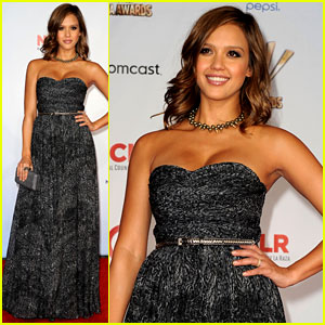 Jessica Alba: Alma Awards 2011 Red Carpet!