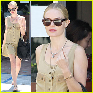 Kate Bosworth: Nail Salon Stop