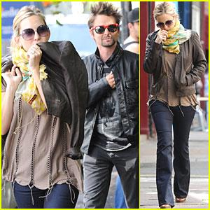 Kate Hudson & Matt Bellamy Break for Breakfast