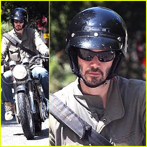 Keanu Reeves: Motorcycle Birthday Boy!