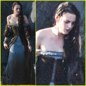 Kristen Stewart: 'Snow White' in Wales!