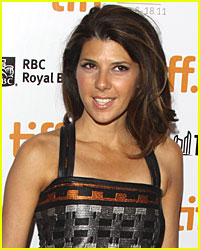 Marisa Tomei Playing Bette Midler and Billy Crystal's Daughter