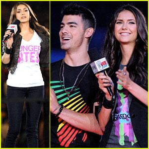 Nina Dobrev & Joe Jonas: WE Day Hosts!