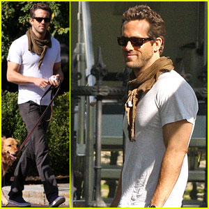 Ryan Reynolds: Boston Garden with Baxter!