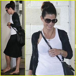 Sandra Bullock: Morning Business Meeting