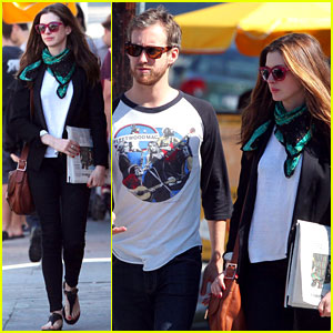 Anne Hathaway & Adam Shulman: Leisurely Lunch