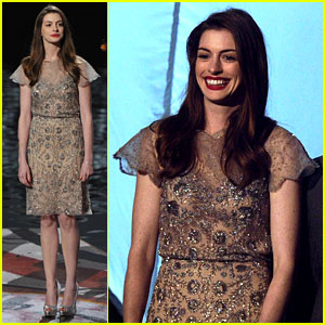 Anne Hathaway: 'Dark Knight Rises' Wins Scream Award!