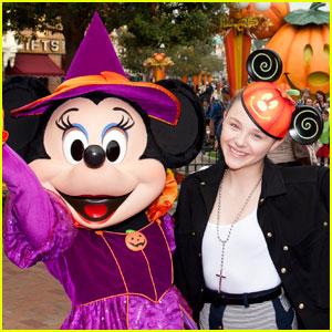 Chloe Moretz: Halloween Time at Disneyland!
