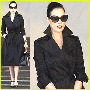 c5ecfd147 Dita Von Teese Talks Dressing Like a  Normal Girl  on Halloween ...