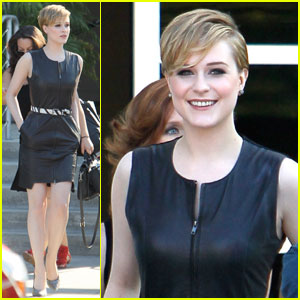 Evan Rachel Wood Checks Out 'Chelsea Lately'