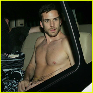 Coldplay Bassist Guy Berryman Goes Shirtless