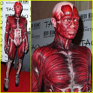 Heidi Klum: Dead Body Halloween Costume!