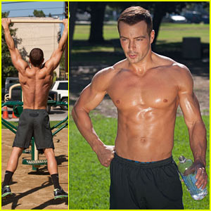 Joey Lawrence: Shirtless Work-Out!