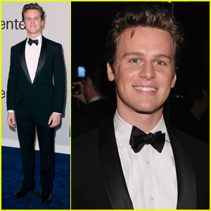 Jonathan Groff: Returning to 'Glee'!