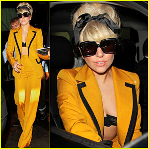 Lady Gaga: Mellow Yellow!