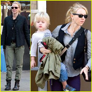 Naomi Watts: Shopping with Samuel!