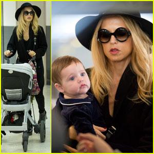 Rachel Zoe: LAX Landing With Baby Skyler!