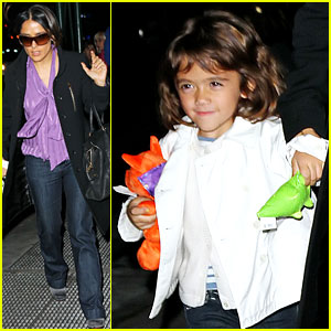 Salma Hayek: Jekyll & Hyde Dinner with the Family!