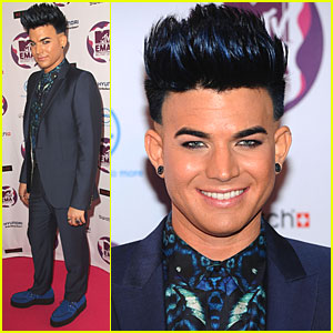 Adam Lambert: MTV EMAs 2011 Red Carpet & Performance