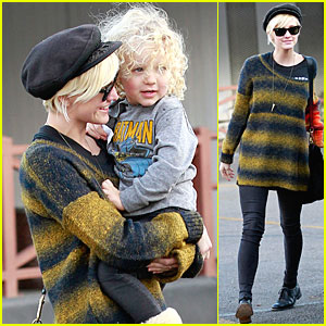 Ashlee Simpson & Bronx: Car Wash!