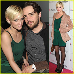 Ashlee Simpson: Google Music Launch with Vincent Piazza!