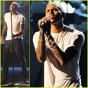 Chris Brown - AMAs 2011 Performance