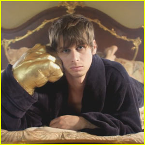 Foster the People: 'Call It What You Want' Video Premiere!