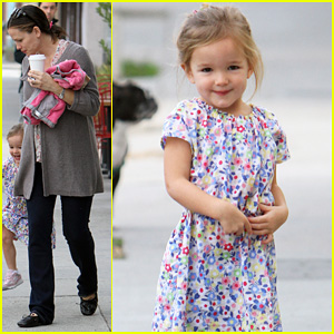 Jennifer Garner & Seraphina: Huckleberry Duo!