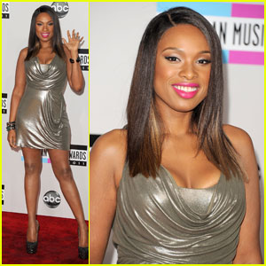 Jennifer Hudson - AMAs 2011 Red Carpet