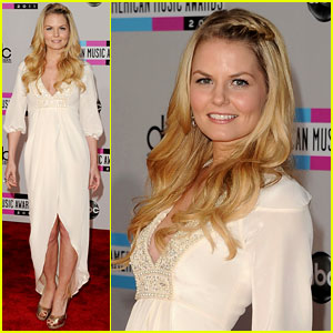 Jennifer Morrison - AMAs 2011 Red Carpet