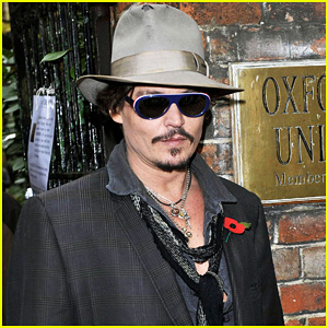 Johnny Depp Visits Oxford University!