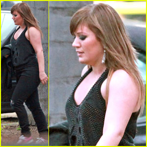 Kelly Clarkson: Be in My 'What Doesn't Kill You' Video!