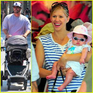 Kevin Federline: Sydney Sightseeing With Baby Jordan!