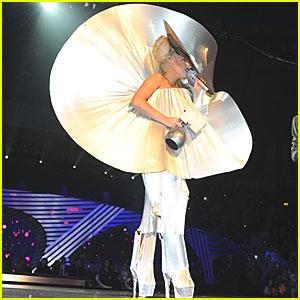 Lady Gaga: Paco Rabanne for MTV EMAs 2011!