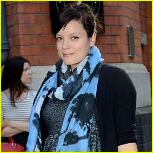 Lily Allen Welcomes Baby Girl!