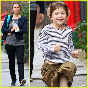 Maggie Gyllenhaal: After School Walk with Ramona!