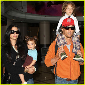 Matthew McConaughey: LAX Landing With the Family!