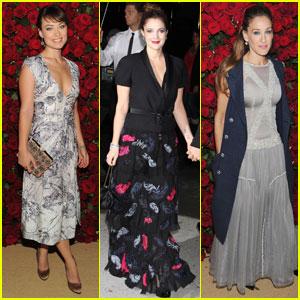 Drew Barrymore & Sarah Jessica Parker: MoMA Benefit!