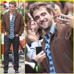 Robert Pattinson: I'm A Prop in 'Twilight' Wedding