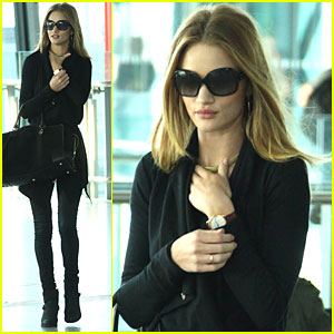 Rosie Huntington-Whiteley: Hello, Heathrow!