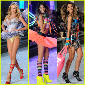 Lily Aldridge & Erin Heatherton - Victoria's Secret Fashion Show 2011