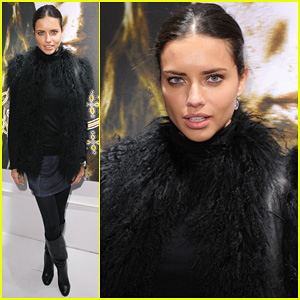 Adriana Lima: Russell James 'Nomad Two Worlds' Exhibit!