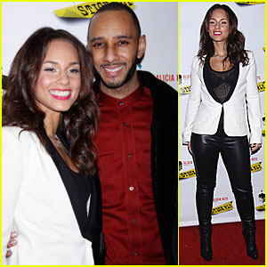 Alicia Keys: 'Stick Fly' Opening Night Performance!